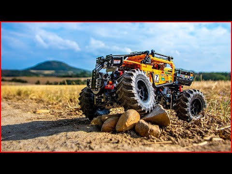 LEGO TECHNIC 42099 4x4 X-Treme Off-Roader in Terrain