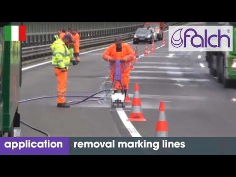 Rimozione marcature: es. segnaletica stradale, linee marcatura e vernici con acqua ad alta pressione