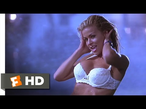 Scary Movie (1/12) Movie CLIP - Femme Fatality (2000) HD