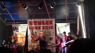 Video Švihadlo & Yannick Tevi -  Three Little Birds //Bob Marley//