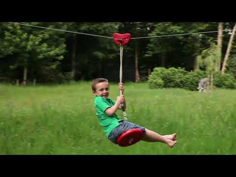 Apekatthuske til zipline - film på YouTube
