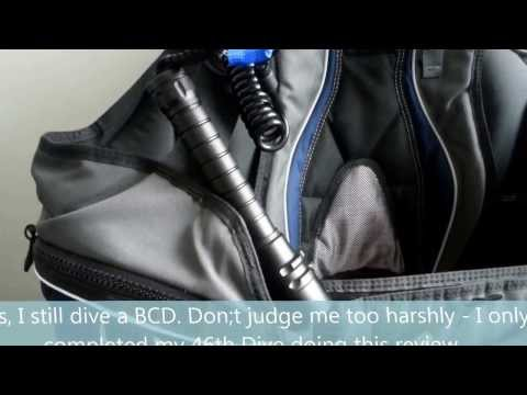 """REVIEW of Cheap UNBRANDED Torch Claiming to be """"Cree XM-L T6 x 3 4000lm Dive Torch"""""""