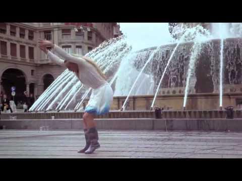"""""""Le Mémoires de l'eau"""", solo de danse pour lieux publics"""