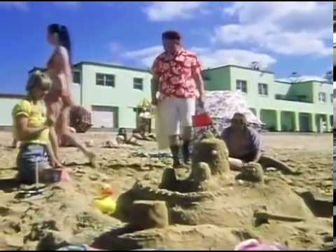 Benny Hill - On Australian Beach