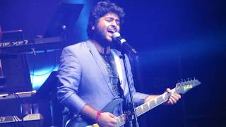 Arijit Singh Singing Sunn Raha Hai Na Tu Live (Aashiqui 2)