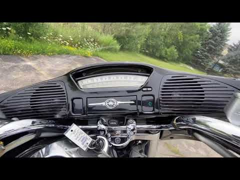 2002 Yamaha Royal Star Venture in Muskego, Wisconsin - Video 1