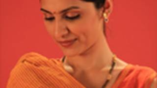 Popular handloom sarees in Velankanni