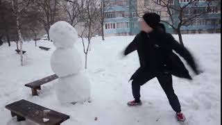 v s mobiКак отп٭здить снеговика!!! Ахаха! Смешные видео 2016! Короткие видео приколы 2016! Юмор! Уга