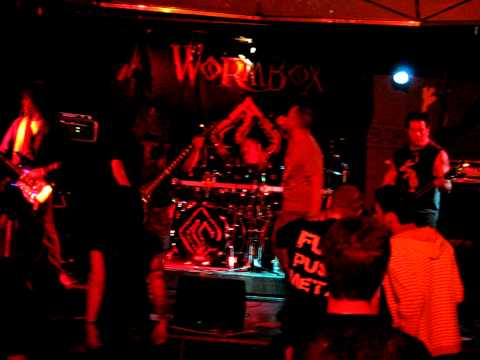 Wormbox - Broken Circle with Good Morning Mr. Hyde