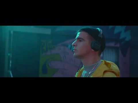FEDUK - Хлопья летят наверх (Lyric Video) Español