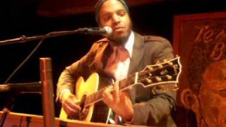"Van Hunt ""Down Here In Hell (With You)"" Live @ Temple Bar"