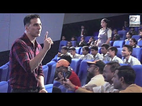 Akshay Kumar's Cute Conversation With Students Wat