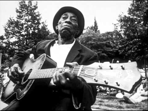 Mississippi John Hurt   Make Me A Pallet On Your Floor