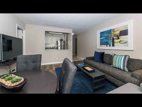 Tour the furnished guest suite at The Chicagoan apartments in River North