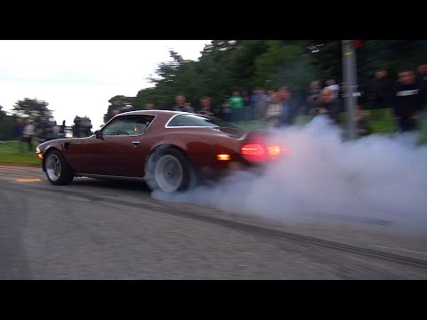 BURNOUTS & INSANE MUSCLE CARS