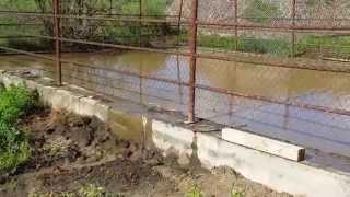 preview picture of video 'Únik kontaminované vody z bezodtokové jímky Dekontaminační plochy Rokytí v Mutěnicích'