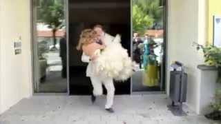 Уронил невесту / Dropped the bride