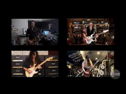 גדולי הגיטריסטים  התאחדו לנגן את רפסודיה בוהמית