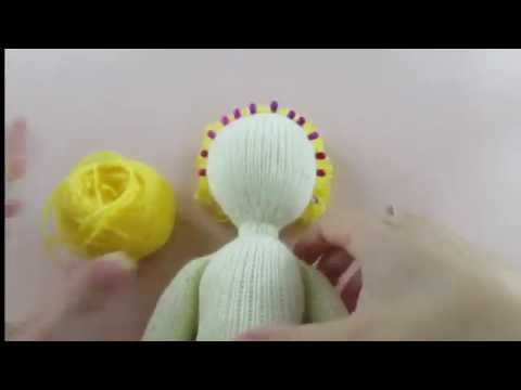 ஐКак сделать кукле волосы. Мастер-класс как сделать волосы вязаной кукле. Часть 1 ஐ