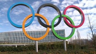 video: Olympics coronavirus: Lord Coe calls for Tokyo 2020 cancellation as Canada pulls team out