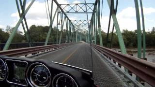 preview picture of video 'Crossing over from PA to NJ on the Riverton-Belvidere Bridge on my Voyager 1700'