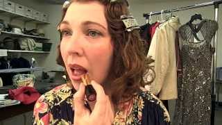 How To Apply 1930s Makeup