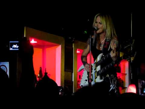 "Lita Ford: ""Close My Eyes Forever"" (Sept. 6, 2012, San Antonio, Tx.)"