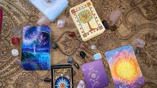 How to Cleanse & Charge Your Tarot Deck / Oracle Deck - Connect With Your Tarot Cards - Learn Tarot