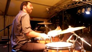 Blues na bateria - chicago shuffle, ao vivo