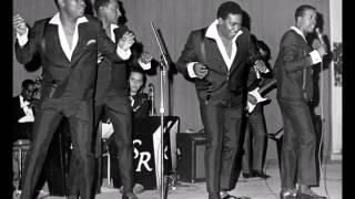 Four Tops & Edwin Starr ..   Standing on the road of love . 2001.