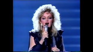 Bonnie Tyler - Total Eclipse Of The Heart (Live Grammy Awards 1984)