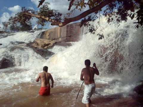 Cachoeira em Candeias - Minas Gerais