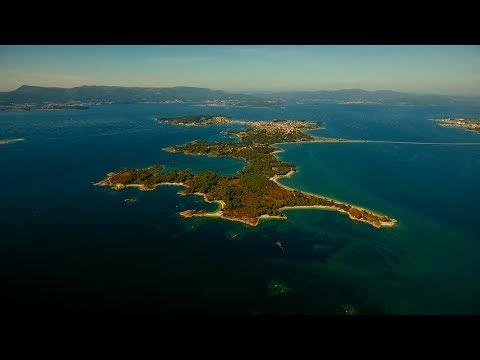 Video A Illa de Arousa ATOPA  UN TESOURO VERSION GALEGO