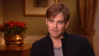 Move Over Meryl, Chris Pine Is the 'Into the Woods' Scene Stealer