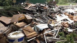 В микрорайоне Фетровая Фабрика неизвестные выкинули строительные отходы рядом с контейнерной площадк