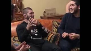 Хабиб Нурмагомедов и Ислам Махачев развлекаются