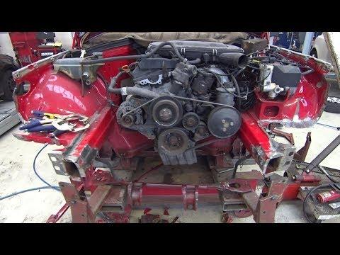 Кузовной ремонт Mercedes 190 W201 замена телевизора