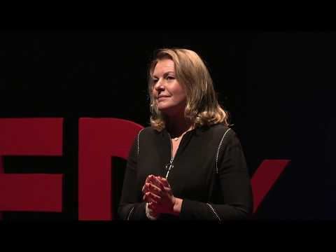 L'intelligence amoureuse ou la mission du couple | Florentine D'AULNOIS-WANG | TEDxNarbonne