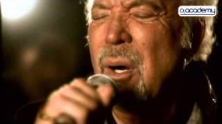 Tom Jones Live - 'Burning Hell' Session