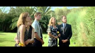 Trailer of Dogtooth (2009)