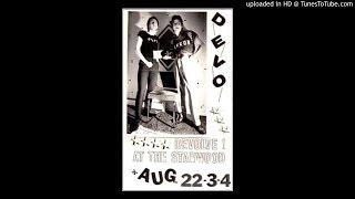 Devo - A Plan 4 U (Live 1977)