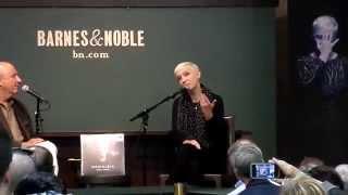 "Annie Lennox talks about ""Nostalgia"" at Barnes & Noble"