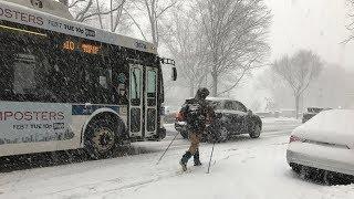 В Варшаве снег