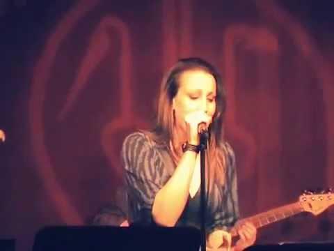 Natalie Weiss sings Scott Alan's I'M A STAR - Live @ Birdland