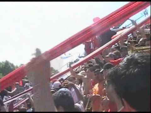 """""""Trompetas. Del rojo hasta morir VS Huracan"""" Barra: La Barra del Rojo • Club: Independiente"""
