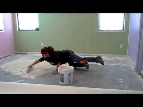 Install vinyl flooring/ glue down linoleum