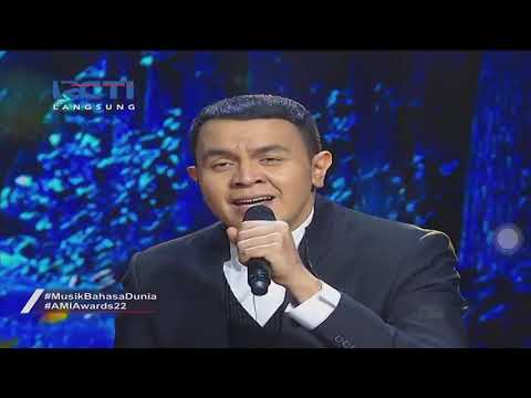 Yovie Widianto ft. Glenn Fredly, Tulus -  Adu Rayu @ AMI Awards 2019
