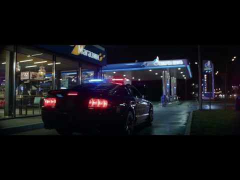 X trejl das Benzin oder das Gas