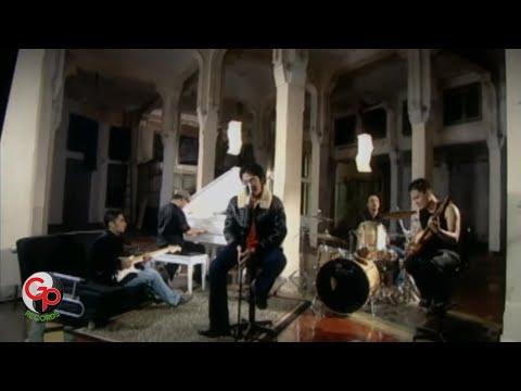Ada band   masih  sahabatku  kekasihku   official music video