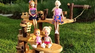 Tree house ! Elsa and Anna toddlers - hoverboard - bubble train - park - playground